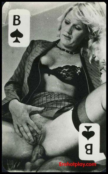 Игральные карты с голыми телками фото 64835 фотография